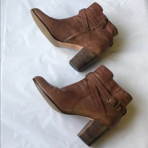 Cole Haan Brown leather booties size 9.5